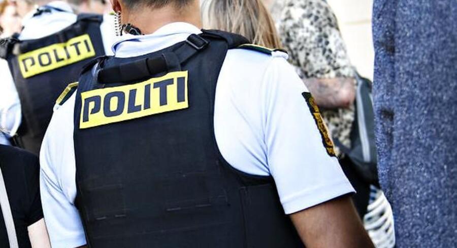 Politi på gaden under Distortion Festival på Vesterbro i København torsdag den 31. maj 2018. Vesterbro er anden dag på festivalen, som startede onsdag på Nørrebro. Foto: Ritzau Scanpix/Philip Davali