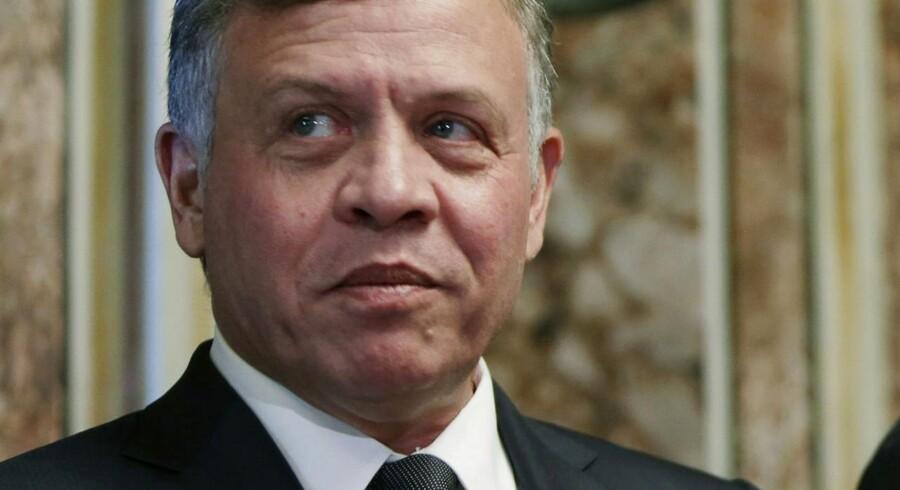 Kong Abdullah vil mandag ifølge kilder bede den upopulære premierminister, Hani Mulki, om at træde tilbage.