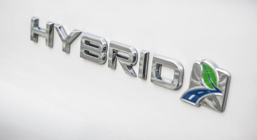 Hybridudgaven er som sådan ikke en nyhed i Mondeo-modelprogrammet, for den har været solgt i mange andre lande siden den seneste Mondeo-generations introduktion i 2014 - men først nu vælger importøren at tage den til Danmark