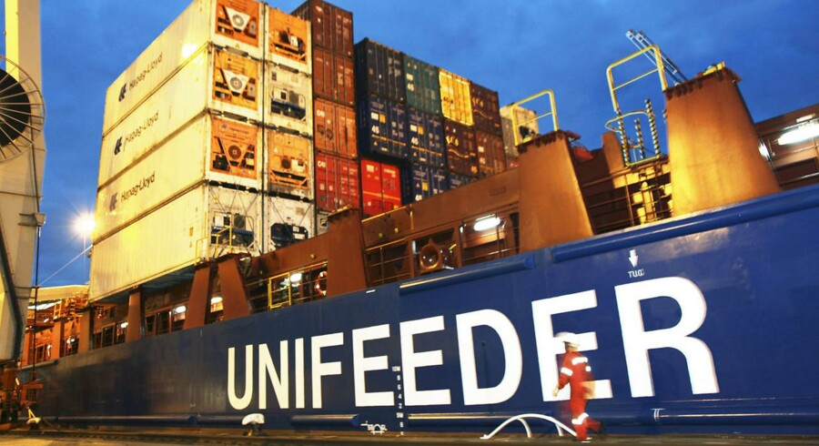 Tirsdag: Det danske specialrederi Unifeeder er blevet solgt til DP World fra Dubai for knap fem milliarder kroner. Sælgeren er Nordic Capital.