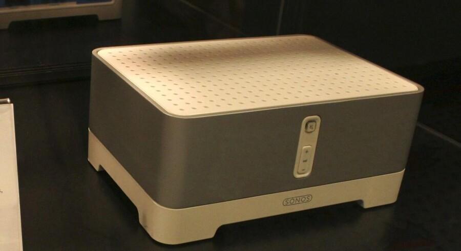 Den amerikanske audioproducent Sonos, som konkurrerer med danske Bang & Olufsen, brager gennem lydmuren på børsen i USA, hvor selskabet har første handelsdag.