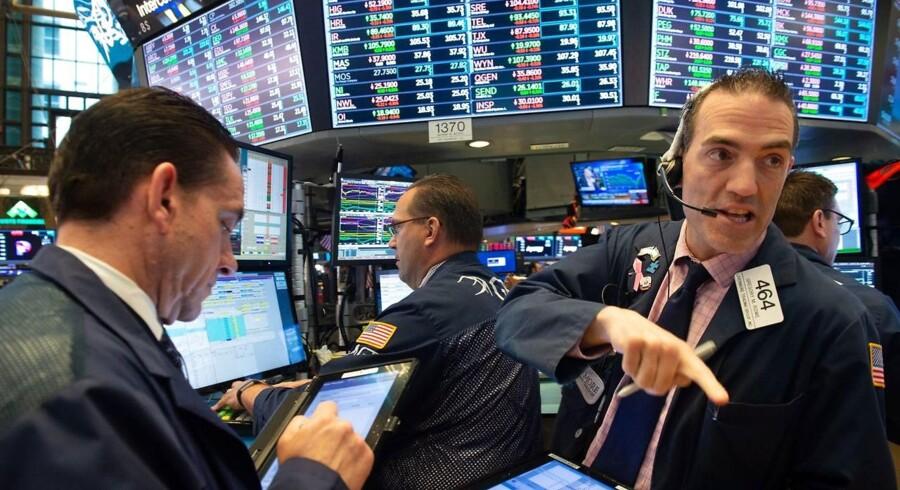 Den amerikanske regnskabssæson tegner til at blive historisk stærk, men der er langt imellem de stående ovationer på aktiemarkederne, konstaterer Danske Bank, der dog ikke er overrasket over investorernes dom.