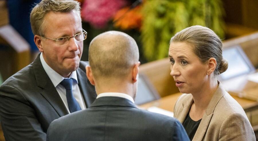 Socialdemokraternes formand, Mette Frederiksen, sammen med Socialdemokratiets erhvervsordfører, Morten Bødskov - under Folketingets åbning, tirsdag den 3. oktober 2017.