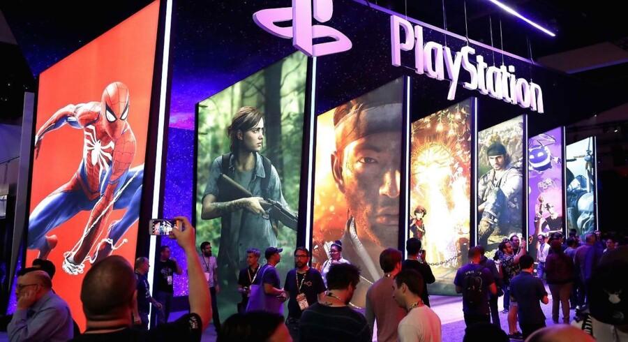 Særligt inden for computerspil, hvor Sonys Playstation i generationer har været toneangivende, er salget øget markant.