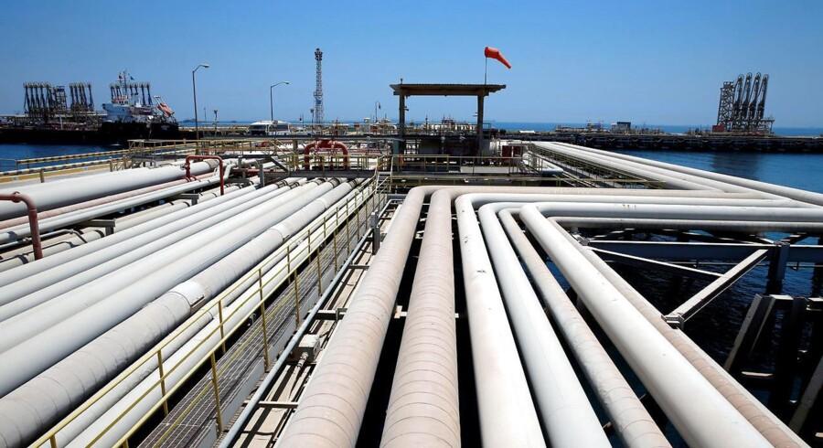 Priserne på den europæiske referenceolie, Brent, og den amerikanske WTI-olie stiger, efter en uge med faldende oliepriser.
