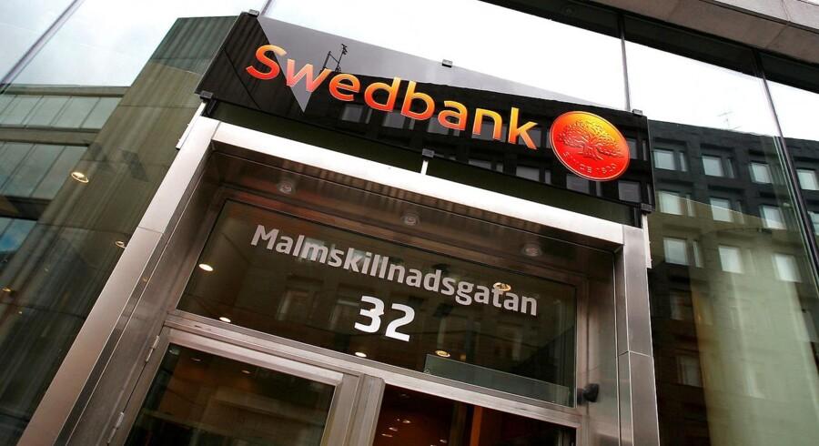 Indtægterne var på 11.797 mio. svenske kr., hvoraf 677 mio. svenske kr. stammede fra salget af kreditbureauet UC. Estimatet var til sammenligning på 11.444 mio. svenske kr. ifølge SME Direkt.