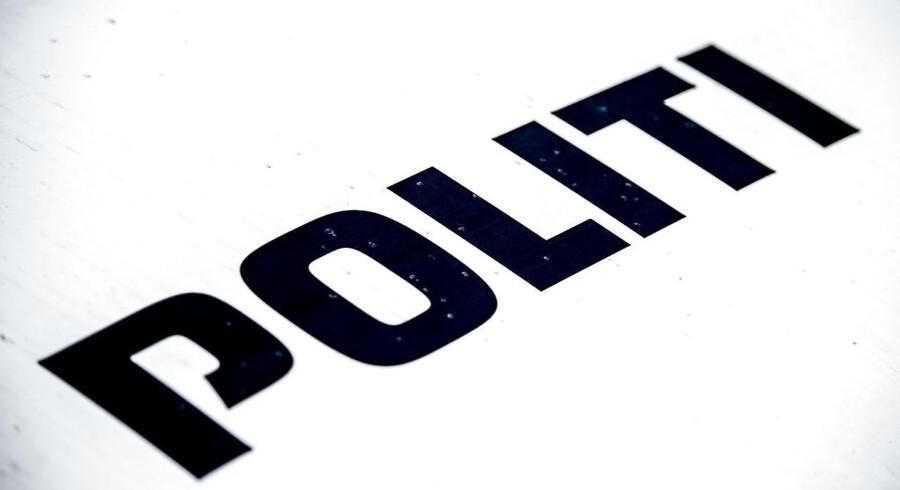 To ansatte i arresten i Svendborg er kørt til sygehuset efter brand. 24 indsatte blev evakueret.