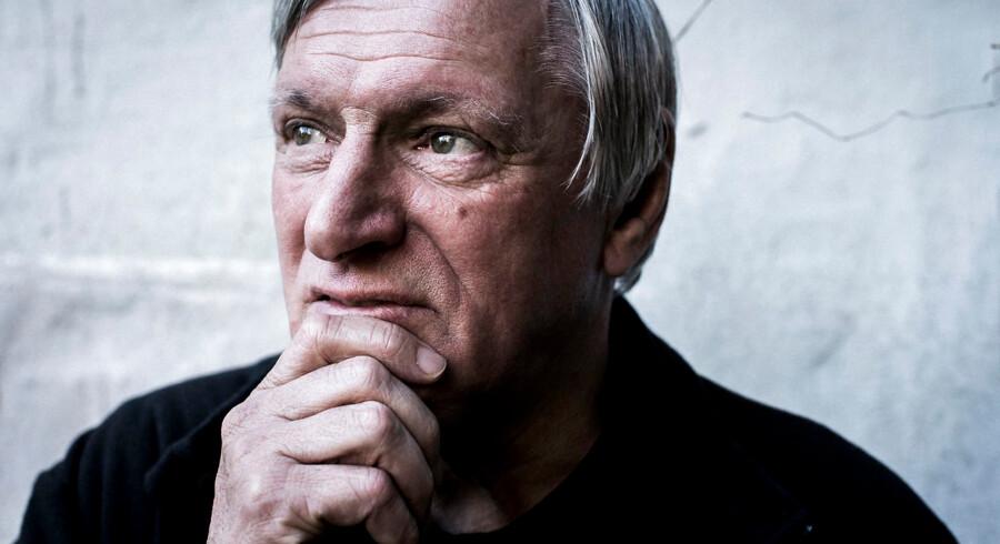 Luigi Ciotti er præsident for antimafia-netværket Libera. Han kommer til Danmark og skal tale om mafiaen, og hvordan den påvirker os i Nordeuropa. Han holder foredrag, og vi kan tale/fotografere ham bagefter.