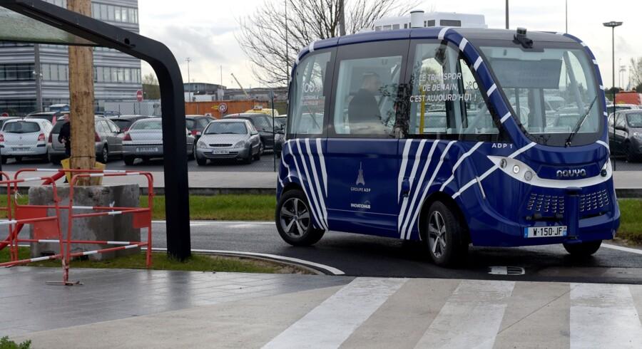 Busserne fra franske Navya testkøres i forvejen på DTU's område, hvor operatøren Autonomous Mobility også har sit hovedkontor. Selvsamme busser er i forvejen i drift i andre lande, herunder Sverige og Frankrig. Scanpix/Eric Piermont/arkiv