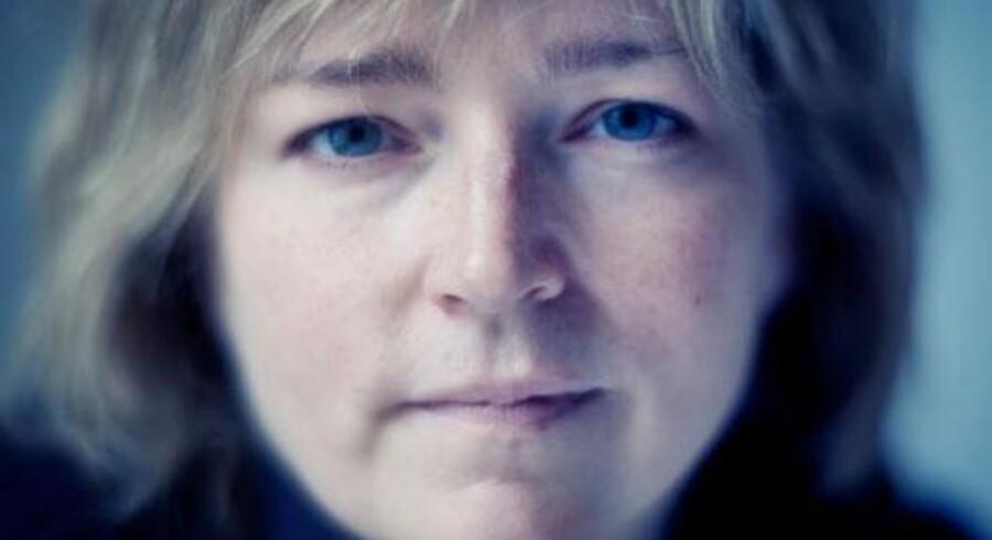 Når det kommer til mordmetoder, er kvinder mere makabre end mænd, siger den amerikanske bestsellerforfatter Karin Slaughter, der også mener, at hendes mandlige læsere er mere sarte over for de voldelige passager i hendes bøger end kvinderne. Foto