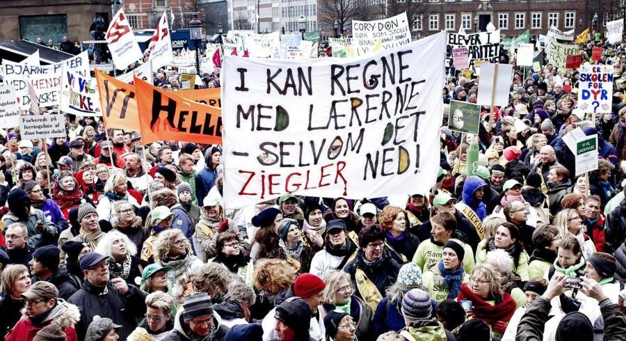 Arkiv: Demonstration torsdag d. 11. april 2013 på Christiansborg Slotsplads.