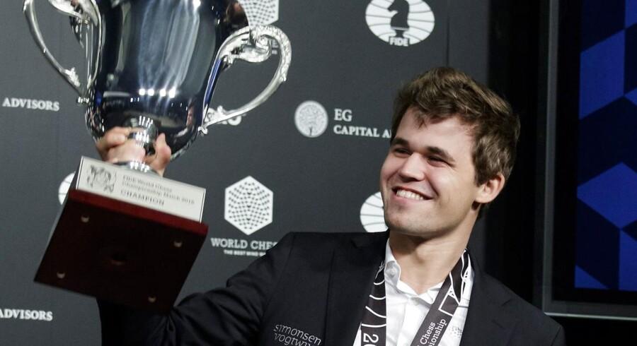Skakfænomenet Magnus Carlsen lykkedes ikke med at blive verdensmester i lynskak i Saudi-Arabien. Scanpix/Stringer