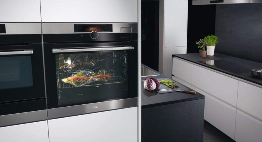 Hvor godt kender din ovn dig? Dit næste køkken bliver interaktivt, og er altid et skridt foran. Foto: AEG