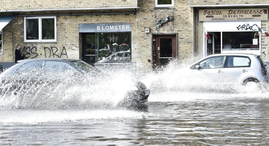 DMI oplevede søndag tekniske problemer, der gjorde, at prognosen i en periode lovede voldsomme regnmængder tirsdag.
