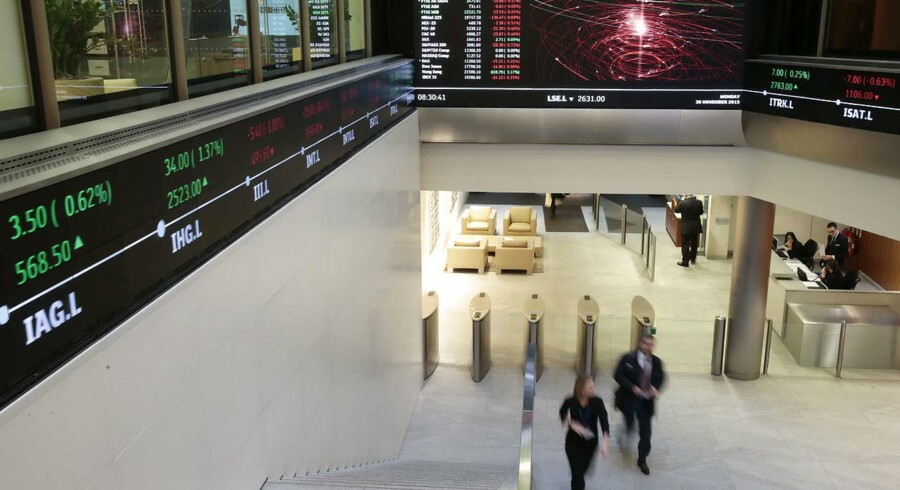 FTSE 100-indekset i London faldt 0,4 pct., mens CAC 40-indekset i Paris faldt 1,5 pct., og DAX-indekset i Frankfurt satte sig 1,2 pct. Det brede paneuropæiske Stoxx 600-indeks faldt 1,3 pct.