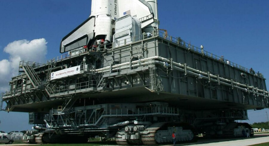 Ramperne til at sende bl.a. rumfærger til himmels vejer hver 3.700 ton.