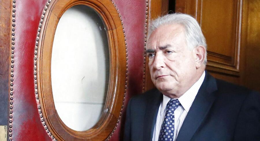 Den tidligere IMF-chef, Dominique Strauss-Kahn, er nu tiltalt for rufferi sammen med 12 andre i forbindelse med optrevlingen af en større prostitutionsring.