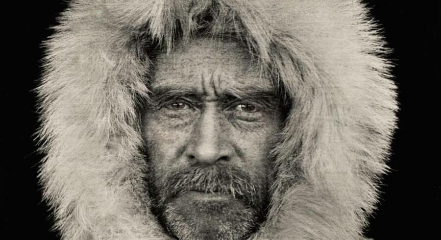 Opdagelsesrejsende og første mand på Nordpolen, Robert E. Peary. Siden begyndelsen har National Geographic ydet støtte til over 10.000 projekter. Legatmodtagere gennem tiderne omfatter bl.a. Peary.