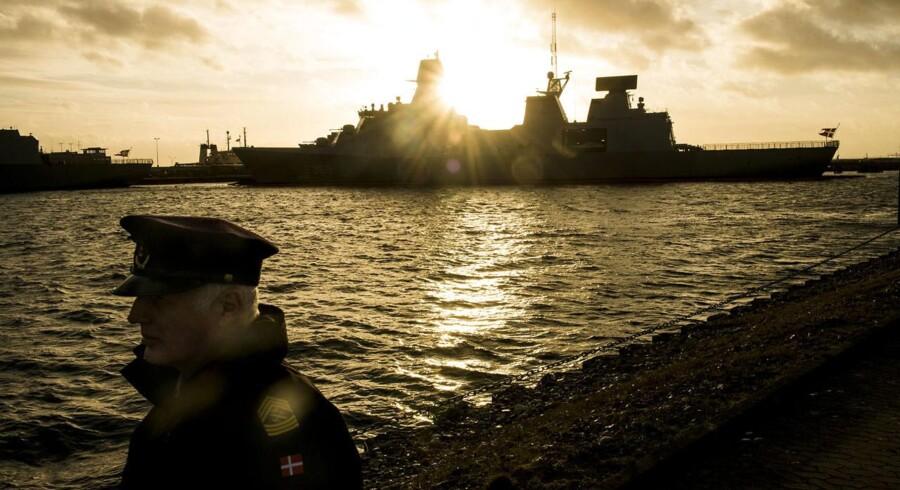 Et læserbrev om Flådestation Korsør (foto) skaffede den socialdemokratiske forsvarsordfører John Dyrby Paulsen (S) et sagsanlæg på halsen.