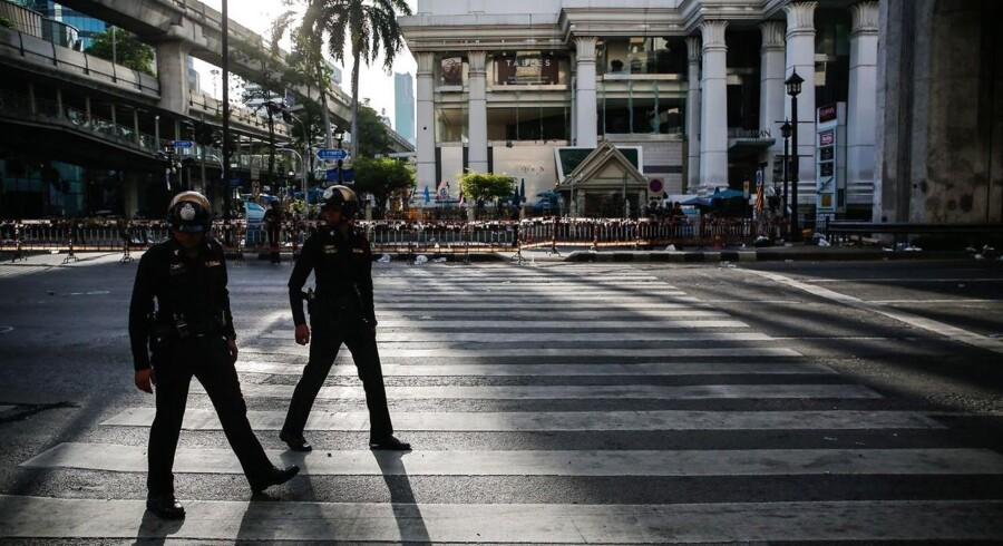 Bombeangrebet i Bangkok har ramt de finansielle markeder i Thailand, der i forvejen sammen med de fleste Emerging Markets er presset.