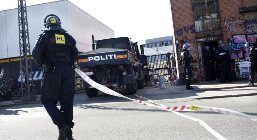 Besat hus på Jagtvej 155B blev søndag 12. maj ryddet af politiet.