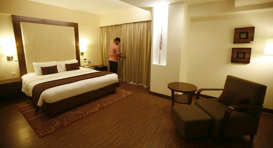 Et indisk hotelværelse byder på mangt og meget. Men danskerne lader kunsten hænge på væggene i modsætning til kineserne.