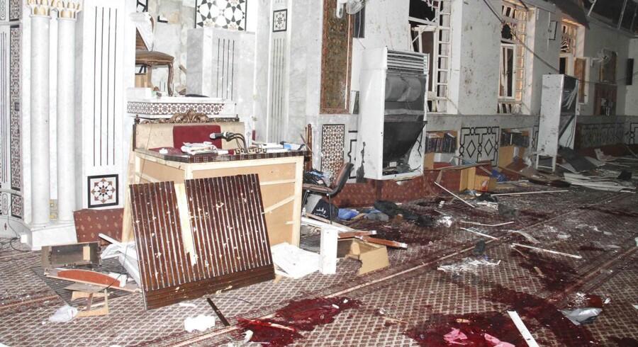 En selvmordsbombe i Damaskus kostede torsdag 49 mennesker livet, herunder Syriens regime-tro imam Mohamed Saeed al-Bout.