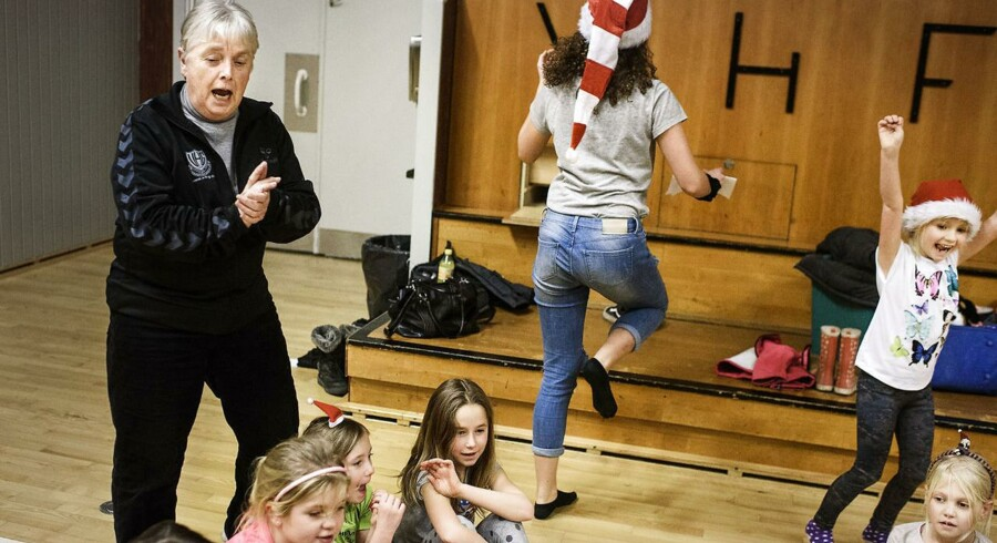 Som frivillig tager 70-årige Inga Juul sig af 20 lokale gymnastikhold. Samme engagement lægger hun i byens medborgerhus og velkomstkomité for kommunens omkring 100 flytgninge.