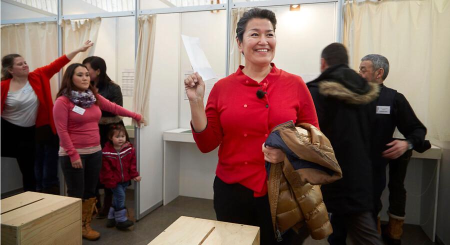Med 42,8 procent af stemmerne løb det grønlandske parti Siumut med valgsejren. Siumuts partiformand Aleqa Hammond blev den helt store stemmesluger med 6818 personlige stemmer.