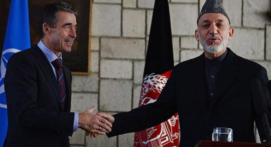 Under sit besøg i Afghanistan besøgte tidligere statsminister og nuværende Nato-generalsekretær Anders Fogh Rasmussen også landets præsident Hamid Karzai.