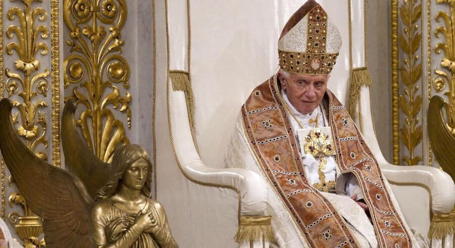 Pave Benedikt 16. har siden 2005 fungeret som den katolske kirkes overhoved for hele verdenen, men nu træder han helt usædvanligt tilbage fra sin stilling. Her er et tilbageblik på hans forholdsvise korte karriere som pave.