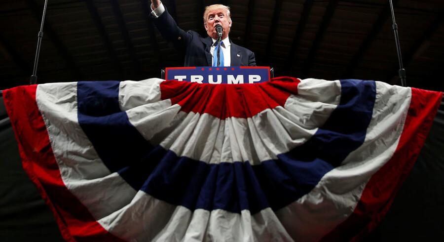 Donald Trump ved kampagne-event i Selma, North Carolina, 3. november 2016.