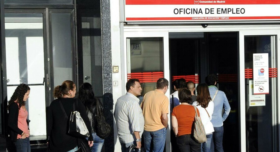 Arbejdsløshedskø i Madrid. Arkivfoto