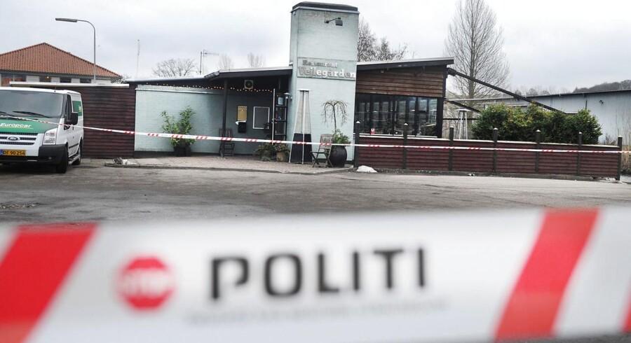 Branden natten til fredag har atter bragt Amin Skovs landskendte spisested, Vejlegården, i mediernes søgelys.