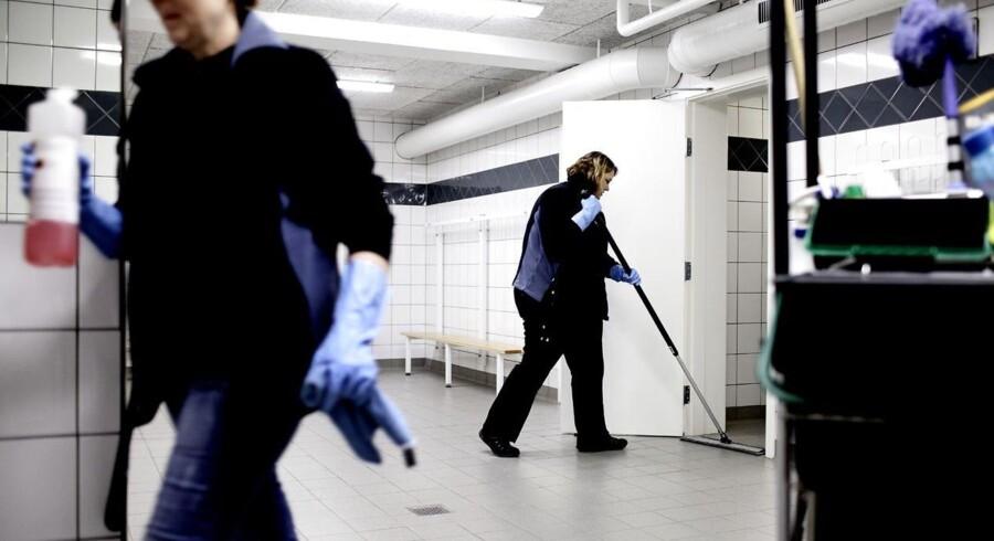 Flere af de mislykkede forsøg på at matche en arbejdsløs med et ledigt job sker inden for brancher som bygge- og anlæg, rengøring og detail. - Arkivfoto