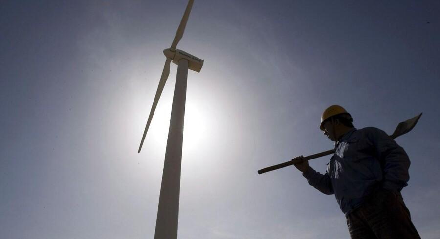 Sinovel Wind Group rangerede i 2010 som verdens næststørste vindmølleproducent efter Vestas, men siden har været ramt af industriskandaler, tabte markedsandele og store tab.