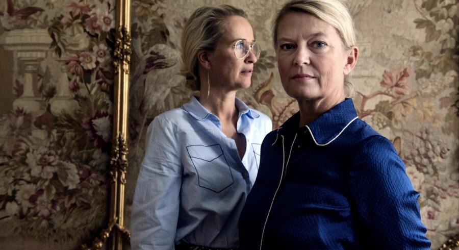 Helle Hestehave og Rikke Baumgarten (nederdel) fra Baum und Pferdgarten fotograferet i deres kontor og showroom i København.