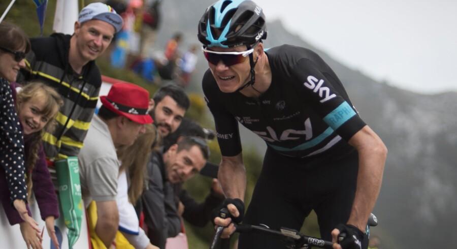 Chris Froome forventer en hård kamp mod Nairo Quintana lørdag i Vueltaen. Scanpix/Jaime Reina