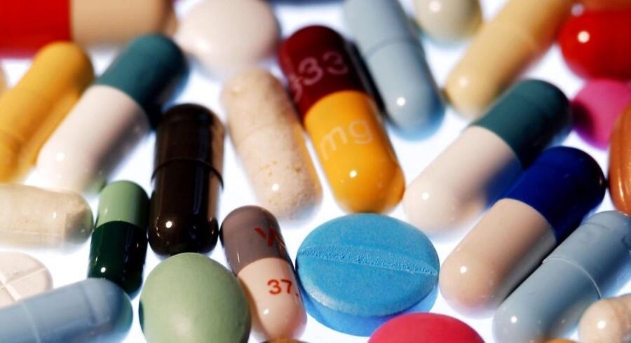 Mange forskellige piller, der skal tages på forskellige tidspunkter af dagen, er virkelighed for hundredtusindvis af danskere. Én rød hjertepille kan blive fremtiden.