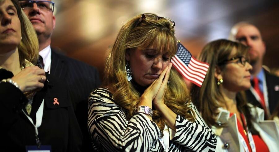 De primært hvide republikanere, der håbede på valgfest i Boston natten til onsdag dansk tid, viste med al tydelighed deres skuffelse over valgresultatet.
