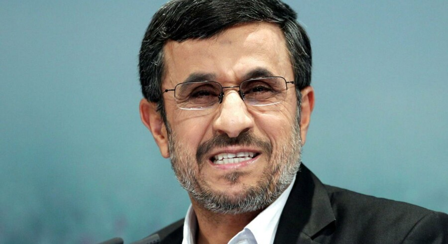 Ahmadinejad deltager på Bali Demokratiforum for første gang.