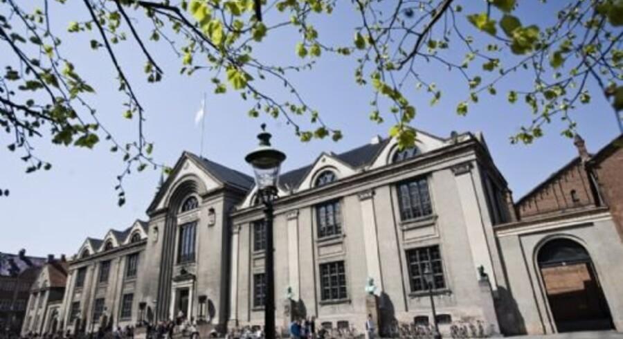 Ifølge Københavns Universitet gør reglerne, hvor man kan gange sit snit, hvis man læser videre inden for to år, det bare sværere at komme ind på et studie. Free/Københavns Universitet