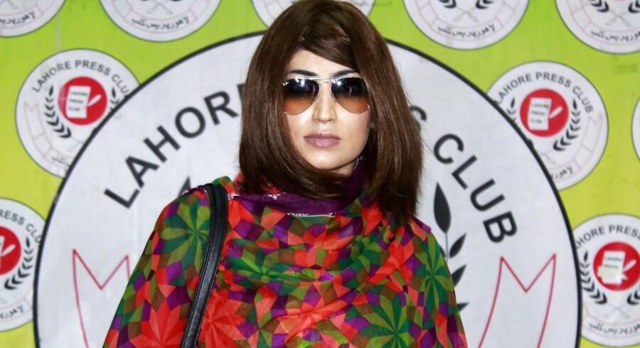 Qandeel Baloch levede sit professionelle liv på de sociale medier.