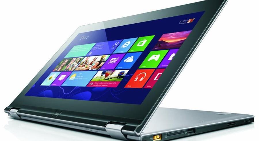 Lenovos nye Windows 8-bærbare er yderst fleksible - deraf navnet Yoga - og har touchscreen, hvilket gør, at de kan bruges som både en almindelig bærbar og en tavlecomputer. Foto: Lenovo