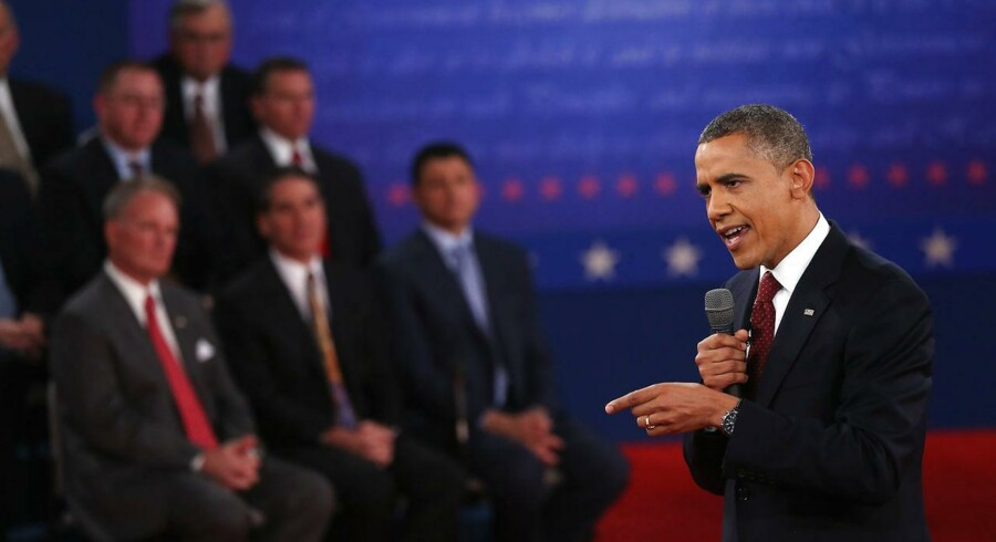 Barack Obama under den anden debat med sin modkandidat, Mitt Romney