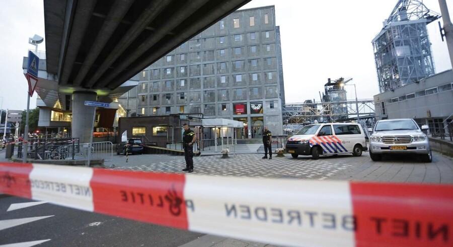 Politiet har aflyst koncerten efter et tip fra spansk politi.