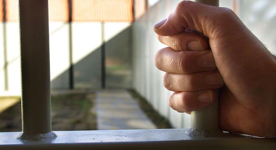 ARKIVFOTO 2002 af Nyborg Statsfængsel- - Se RB 1/3 2016 07.52. En terrortiltalt medhjælper til Omar Abdel El-Hussein havde en mobiltelefon i fængslet trods fokus på sagen. (Foto: ERNST VAN NORDE/Scanpix 2016)