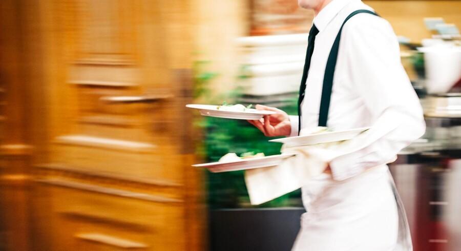 I december var det madkongen Claus Meyer som købte sig ind. Nu følger flere iværksættere efter og skyder penge ind i den lovende danske tjenerportal Chapper. Den nye kapital skal muligvis bruges ti at få den danske app ud over landets grænser.