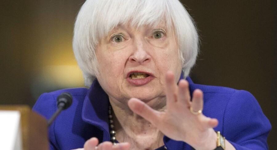 Chef for den amerikanske centralbank Janet Yellen sendte finanskurserne i vejret, da hun redegjorde for Federal Reserves pengepolitik.