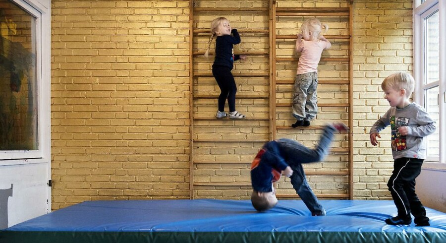 Børn leger I vognmandsparkens Børnehave i Roskilde. Efter flere år med positiv udvikling i sygefraværet blandt pædagoger i København er det stagneret de seneste par år.